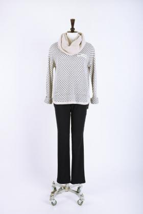 Scarf: SWN1309, Jumper: SWN1307 & Pant: SWY1384
